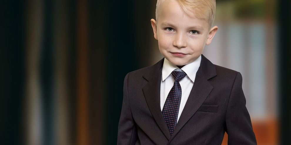 Holy Communion suits, elegant clothing for children and teens.